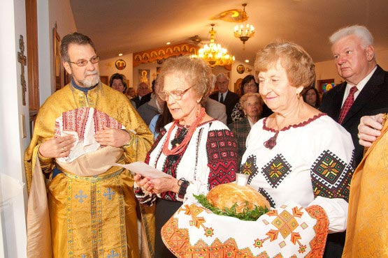 Greeting His Beatitude Patriarch Sviatoslav Shevchuk at Ukrainian Immaculate Conception Catholic Church in Palatine